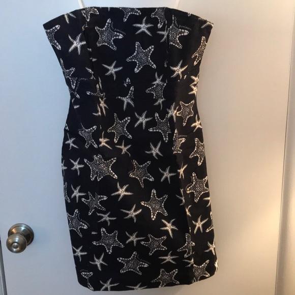 Vineyard Vines Dresses & Skirts - Vineyard Vine Strapless Dress Size 10